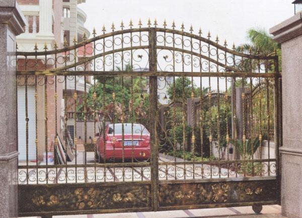 庭院雕花铁艺大门