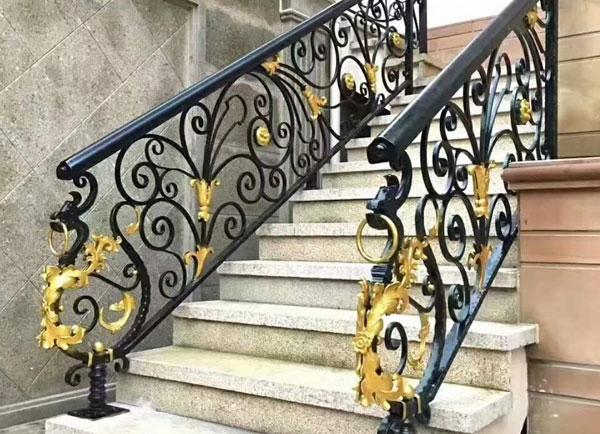 自贡铁艺楼梯栏杆