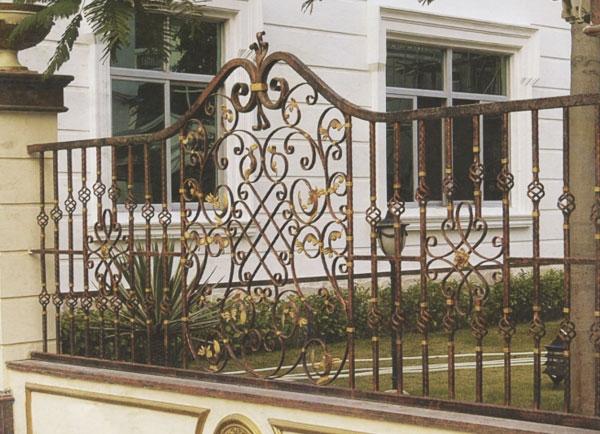 铁艺防护栏杆